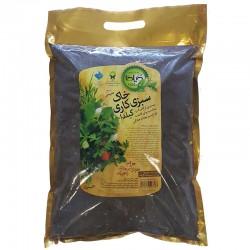 خاک مخصوص کشت سبزیجات ( غنی شده با ورمی کمپوست ) گیلدا - 4 لیتری